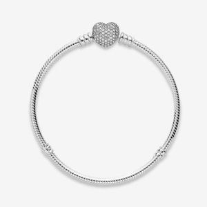 🌸PandoraMoment Sparkling Heart Clasp Snake Bracel